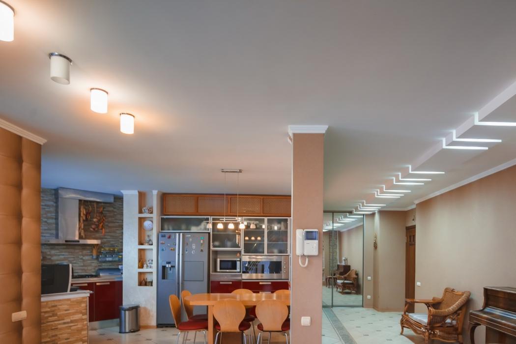 Продается элитный 3-этажный дом на берегу р.Самара, г. Новомосковск, ул. Шмидта, 12 - Фото 3