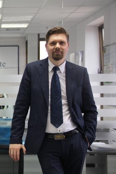 Петр Стешенко