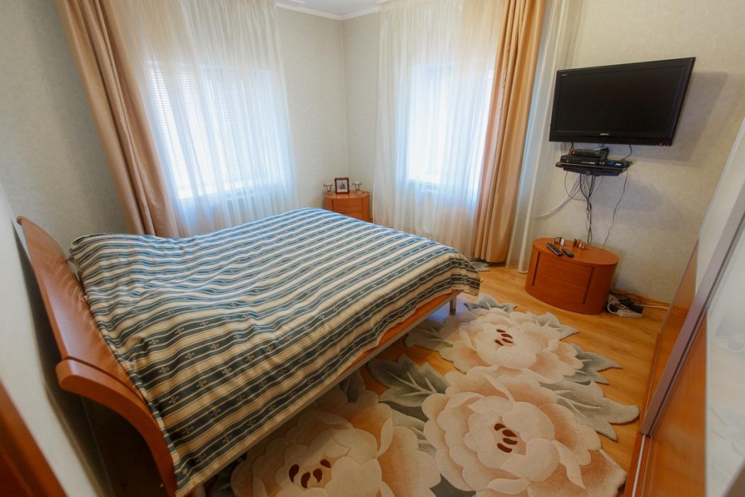 Дом с ремонтом в Подгородном - Фото 12