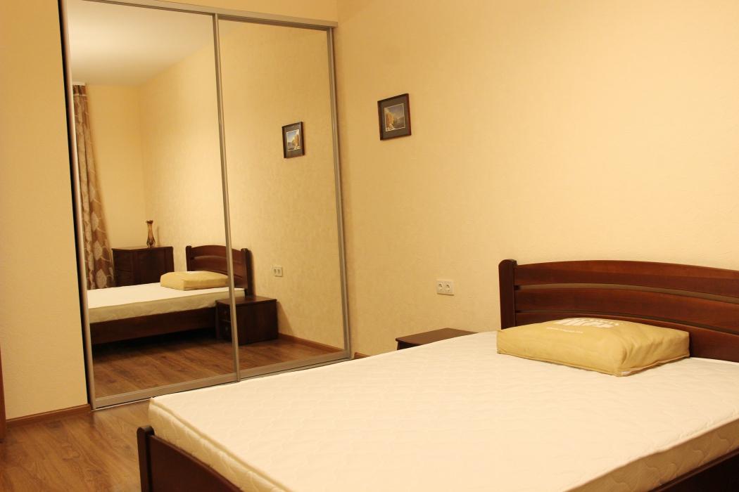 Аренда, 3х. комнатная квартира, пр. Карла Маркса, 83 (ул. Серова) - Фото 4