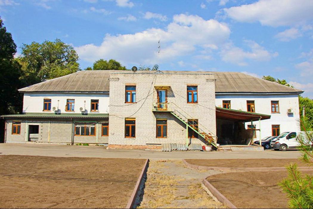 2-этаж. здание с закрытой территорией, Решетиловская 10а, левый берег - Фото 1