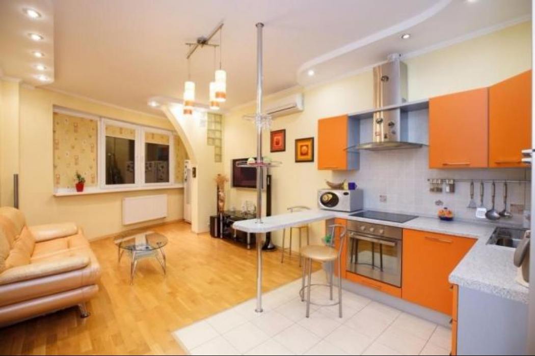 Продается 3 комнатная квартира по улице Баумана, 10 - Фото 3