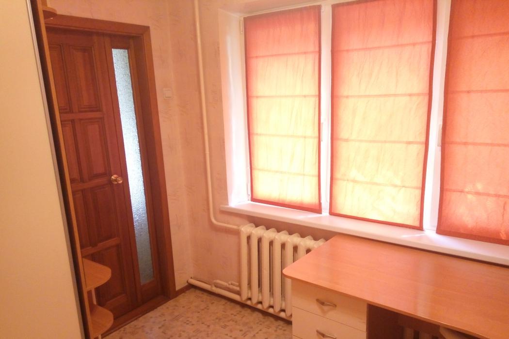 Аренда 3 комнатной квартиры на левом берегу, ул. Батумская 12 - Фото 3