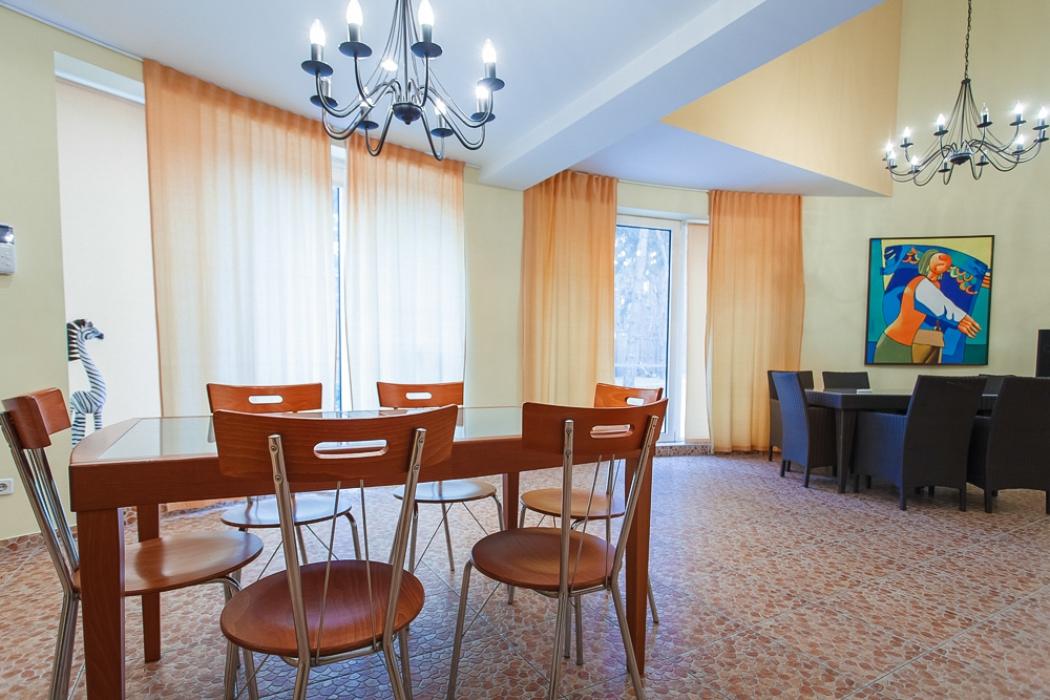 Дом в Кировском, ул. Некрасова, 107а, 250 кв.м, Продажа недвижимости AM-Estate-фото 2