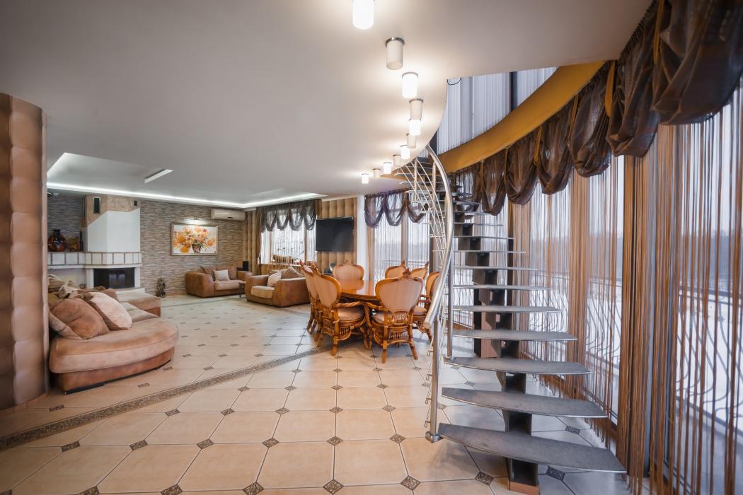 Продается элитный 3-этажный дом на берегу р.Самара, г. Новомосковск, ул. Шмидта, 12 - Фото 4