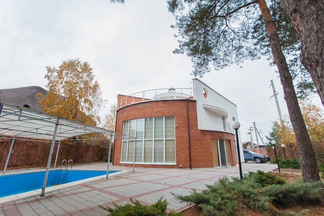 Дом в Кировском, ул. Некрасова, 107а - Фото 1