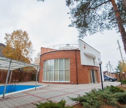 Купить дом в Днепропетровской области в поселке Кировсков