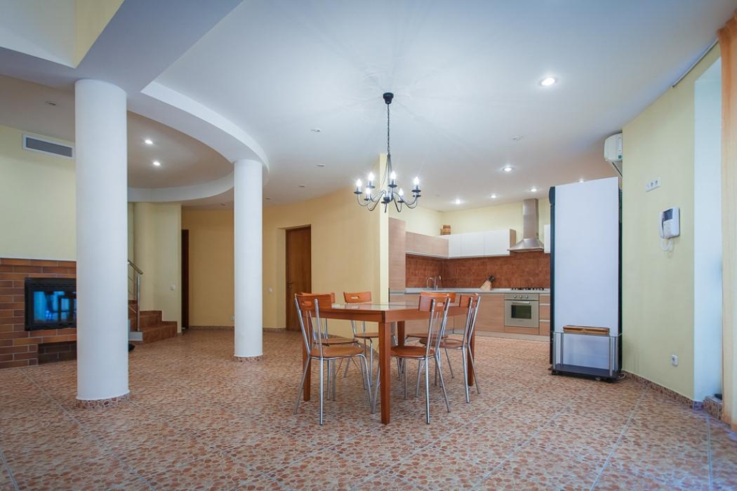 Дом в Кировском, ул. Некрасова, 107а, 250 кв.м, Продажа недвижимости AM-Estate-фото 4