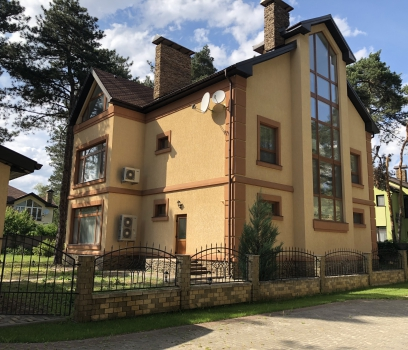 Продаётся 3-этаж.дом в коттеджном поселке «Шишкино», с.Орловщина